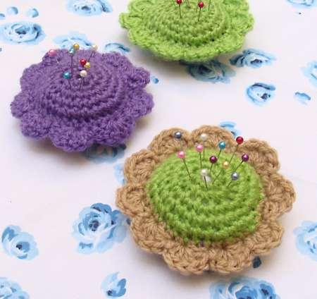 Crochet Learning Sites : FREE CROCHETED PIN CUSHION - Crochet - Learn How to Crochet