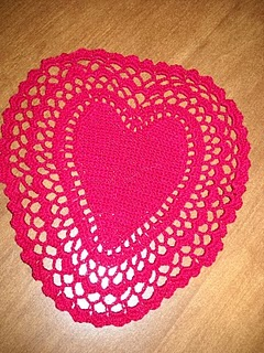 Filet Crochet Doily with Cluster Edging - Hearts Center