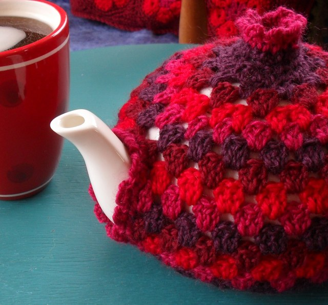 Free Crochet Pattern: Fox-glove Cosy - Free Patterns a